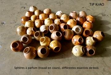 TiP KrAO Sphères à Parfum différentes essences de bois
